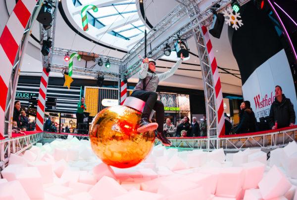 CHRISTMASWRECKINGBALL_ID310_ EVENTS_casefoto